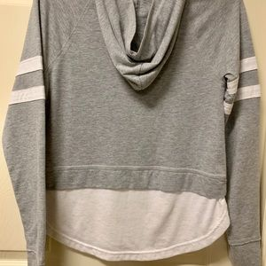 Abercrombie & Fitch long sleeve shirt with a hood
